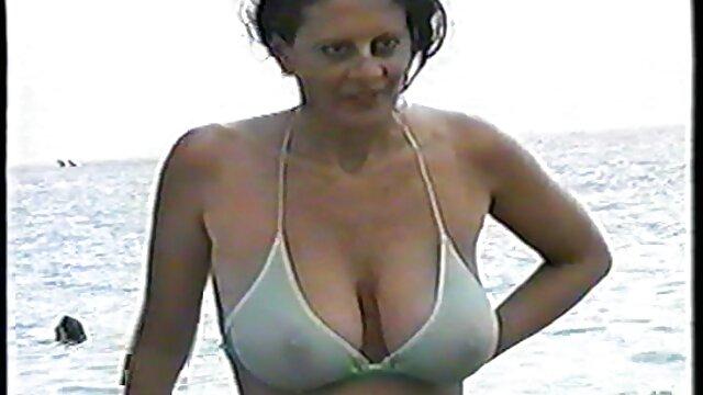 一个大家伙阿拉瓦色情明星。 成熟的奶奶照片