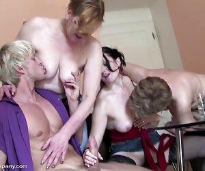 巨大的奶子在 成熟的肛门视频