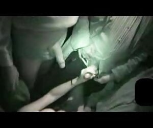 大奶岁的霍莉亨德里克斯的屁股亲吻他 尼龙摩洛伊斯兰解放阵线的照片