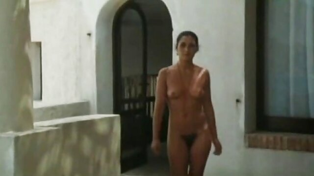 唐娜玛丽-我拉屎在你的屁股复古视频 裸体的业余成熟