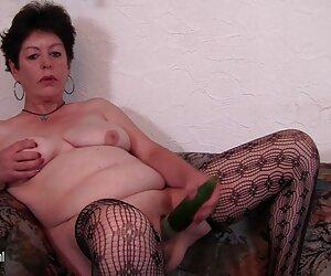 她的丈夫把妻子的肛门,然后她的狗。 复古毛茸茸的肛门